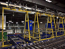 overhead-conveyor-455464_640
